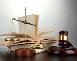 Decyzja o poprawieniu innej omyłki powinna być podejmowana każdorazowo z uwzględnieniem całokształtu okoliczności sprawy, z uwzględnieniem następstw i konsekwencji zmian dla treści oferty