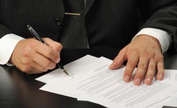 Teza, że wypowiedzenie umowy z nierzetelnym wykonawcą nie może stanowić podstawy do udzielenia zamówienia w trybie zamówienia z wolnej ręki jest nieuprawniona